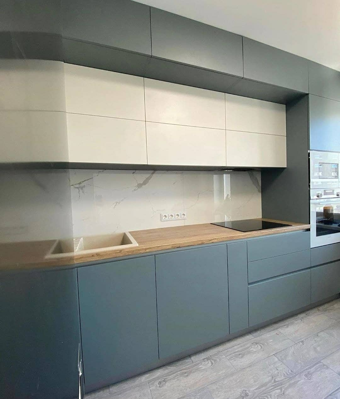 Высокие кухни под потолок-Кухня МДФ в эмали «Модель 632»-фото3